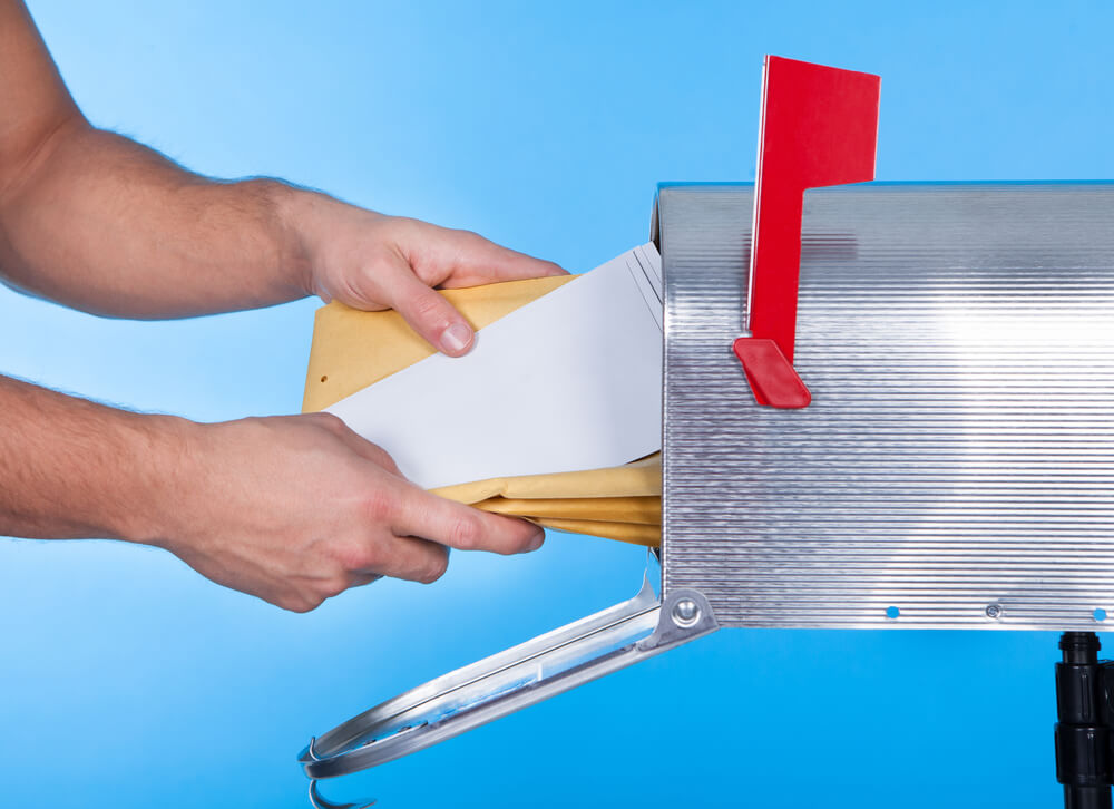 Don't Let Contractors Drop Off Your Estimate In The Mailbox